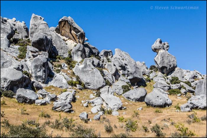 Castle Hill Boulders 4787