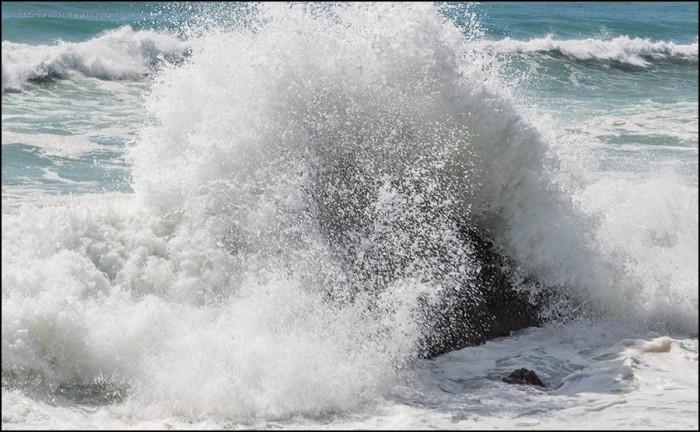 Surf Crashing on Rocks 7704