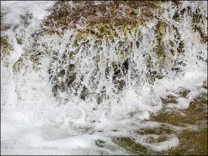 Small Waterfall in Bull Creek 2483