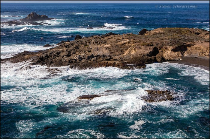 sea-and-rocks-at-point-lobos-9797